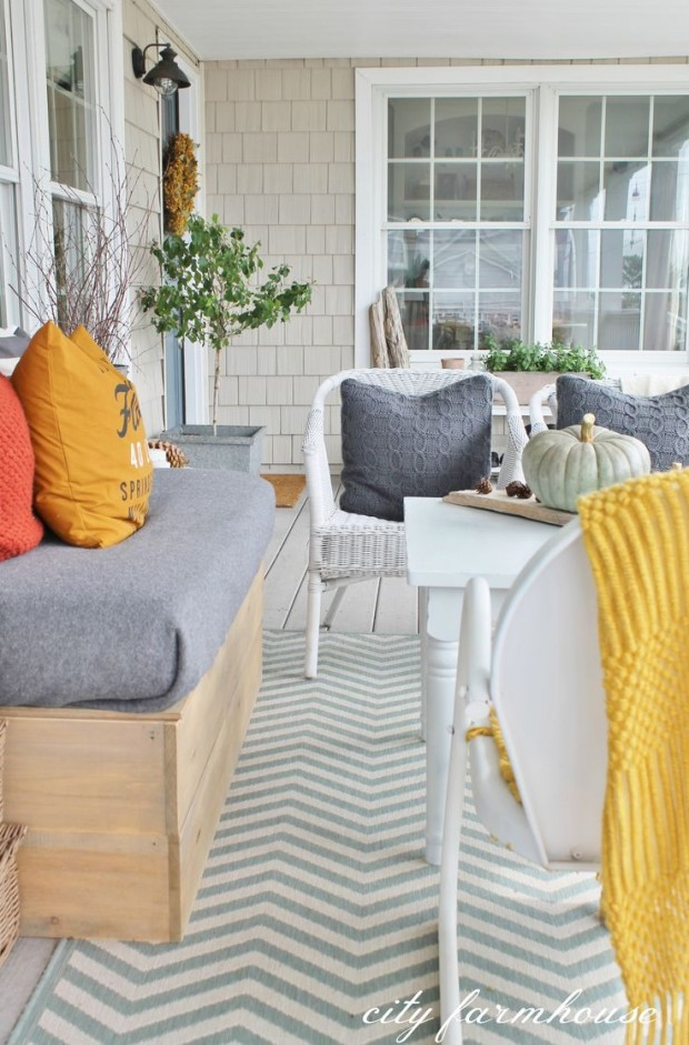Rustic Fall Front Porch Decorating Ideas - City Farmhouse