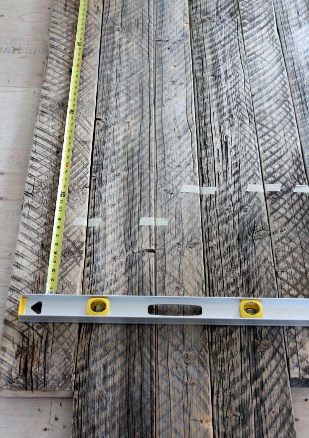 Reclaimed Wood for Farmhouse Table DIY