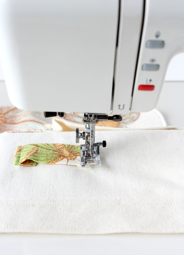 How to Sew a Gardening Apron - Attaching the Loop to the Front