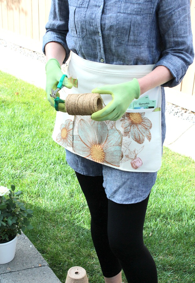 Learn How to Sew a Gardening Apron with Handy Front Pockets and Loop