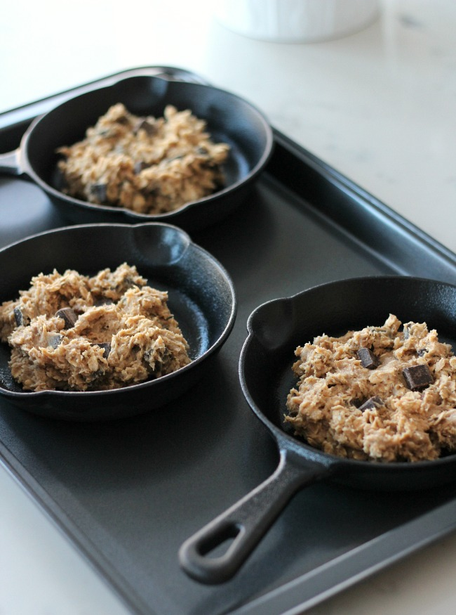 Oatmeal Chocolate Chunk Skillet Cookies - Cookies with Crispy Edges and Ooey-Goey Centers - Satori Design for Living