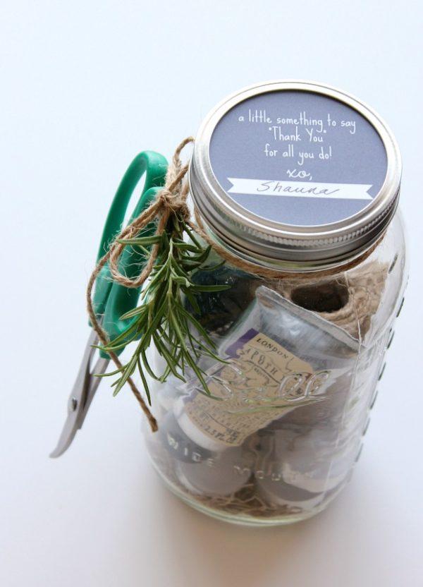 Mason Jar Hostess Gift for the Gardener