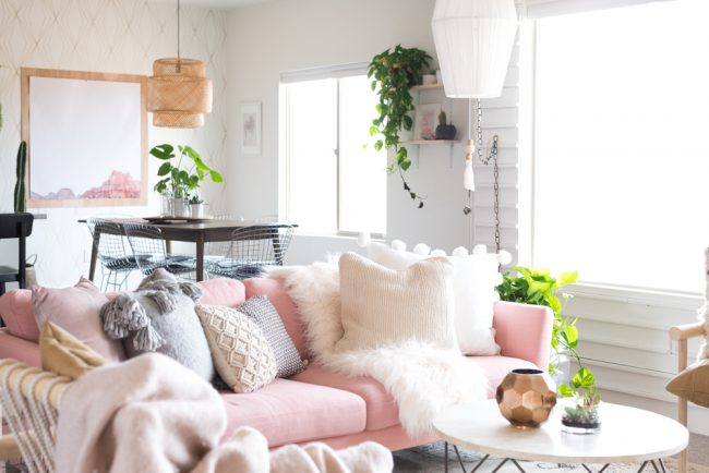 Mixing Throw Pillows on the Sofa - Living Room Makeover by Vintage Revivals
