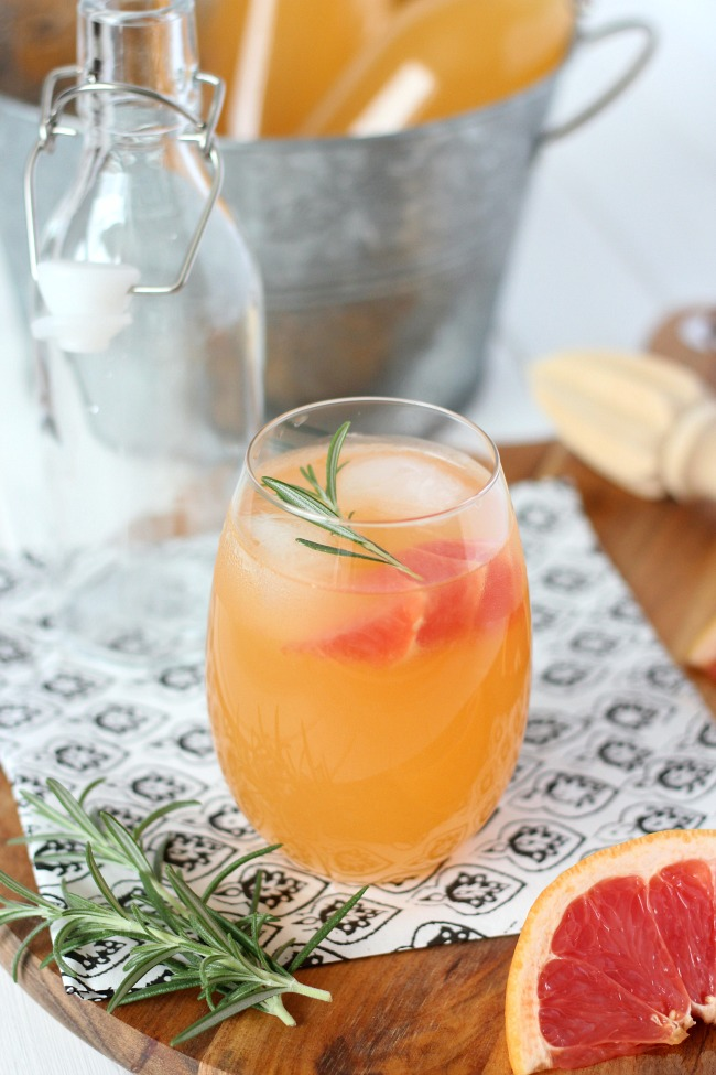 Rosemary-Infused Fresh Grapefruit Spritzer in Glass