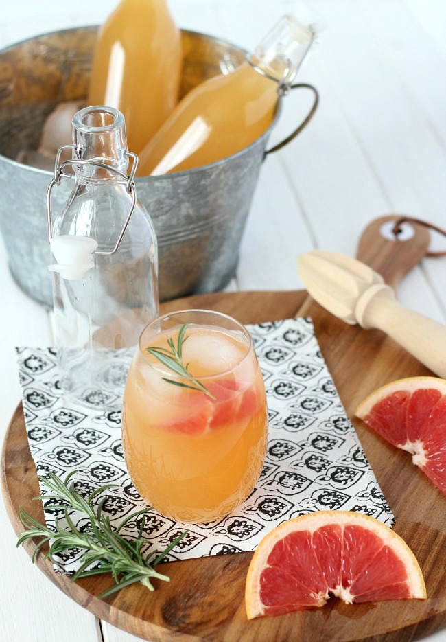 Rosemary-Infused Grapefruit Sparkler - A Refreshing Drink Recipe for Your Summer Party