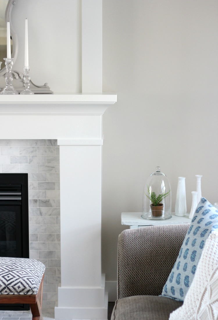 Benjamin Moore White Dove Fireplace Mantel (OC-17) and Baseboards with Marble Surround