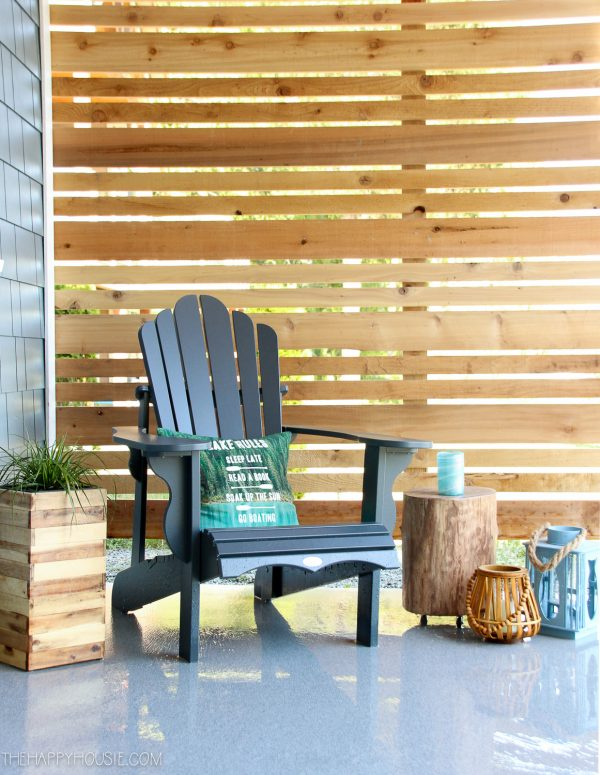 How to Build a Cedar Privacy Screen - The Happy Housie