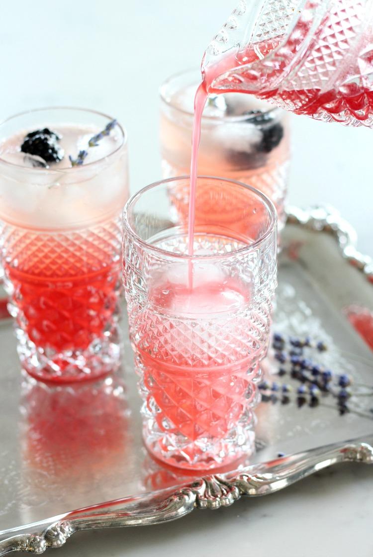 How to Make Lavender Blackberry Sparkling Lemonade