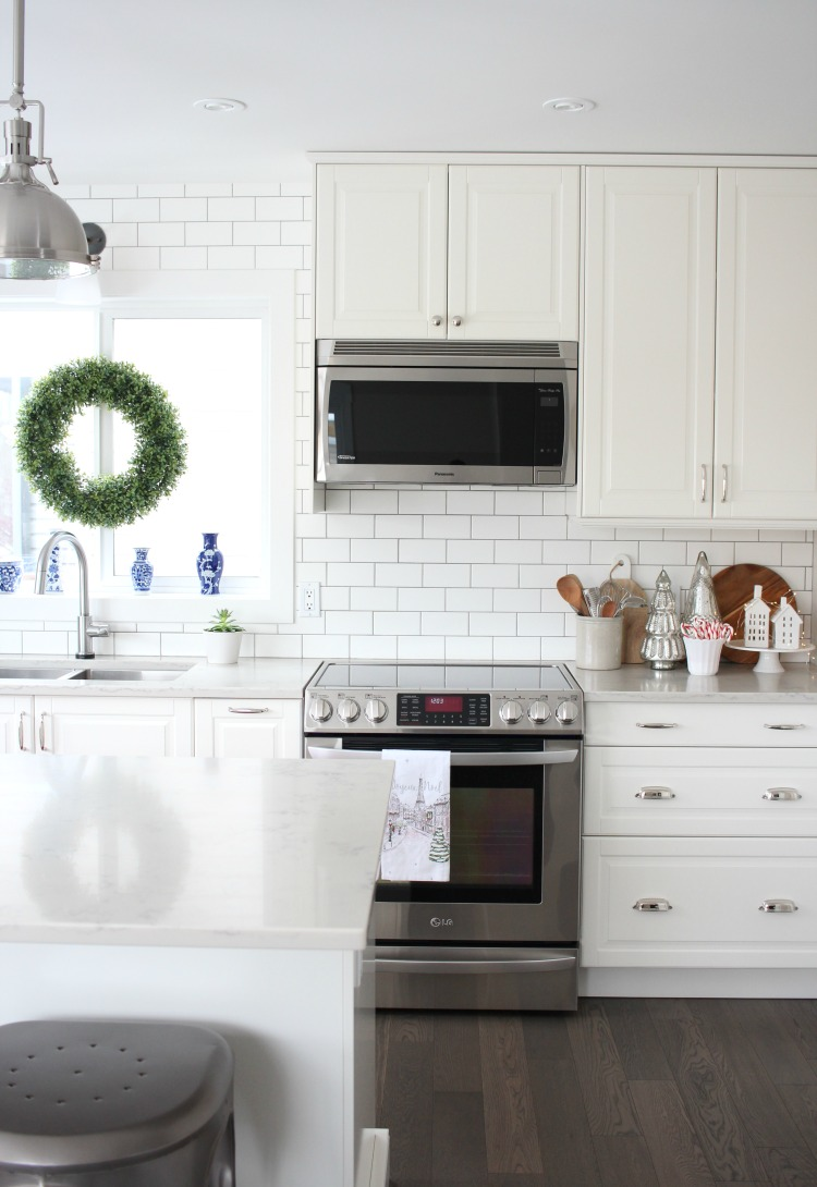 Decorating a White Kitchen with Simple Decor for the Holidays - Satori Design for Living