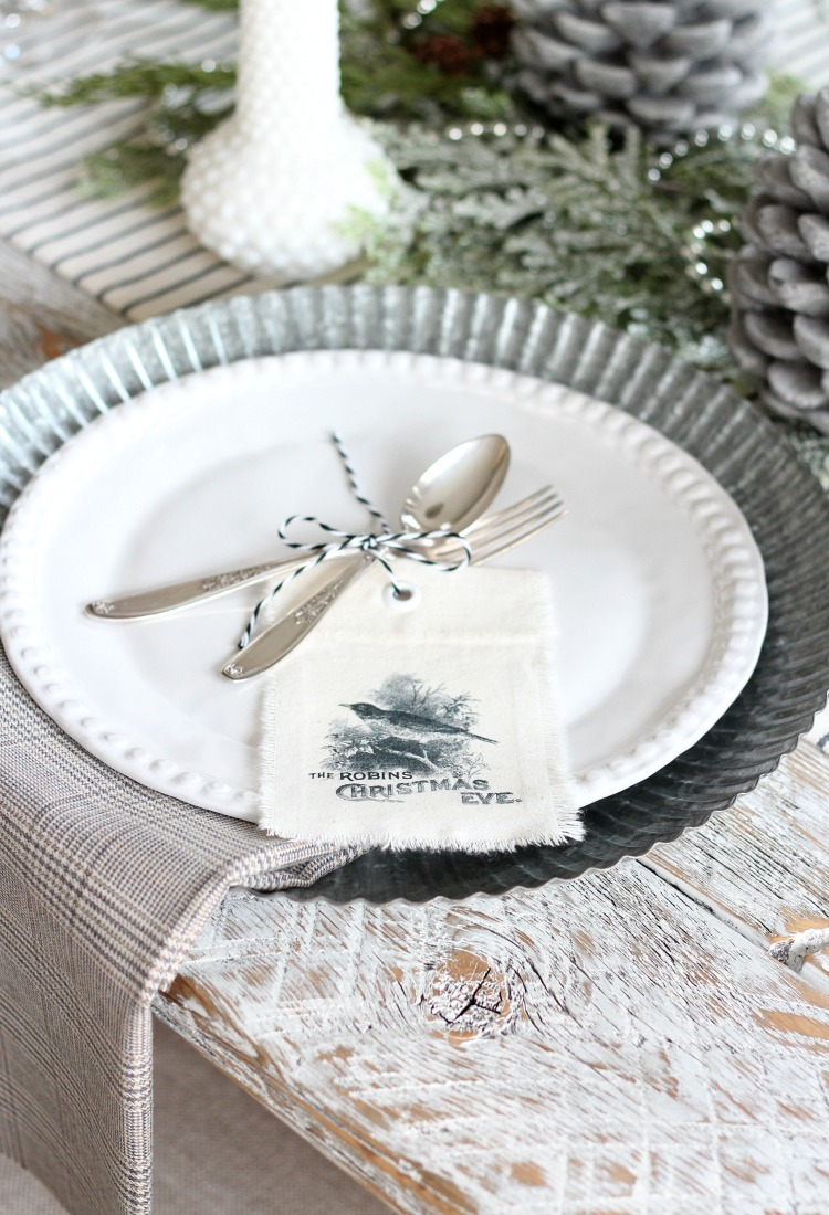 Easy Fringe Napkins for Your Holiday Table - No-Sew Frayed Edge Napkins by Satori Design for Living