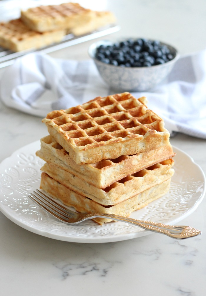 How to Make Classic Waffles with Gluten Free Version