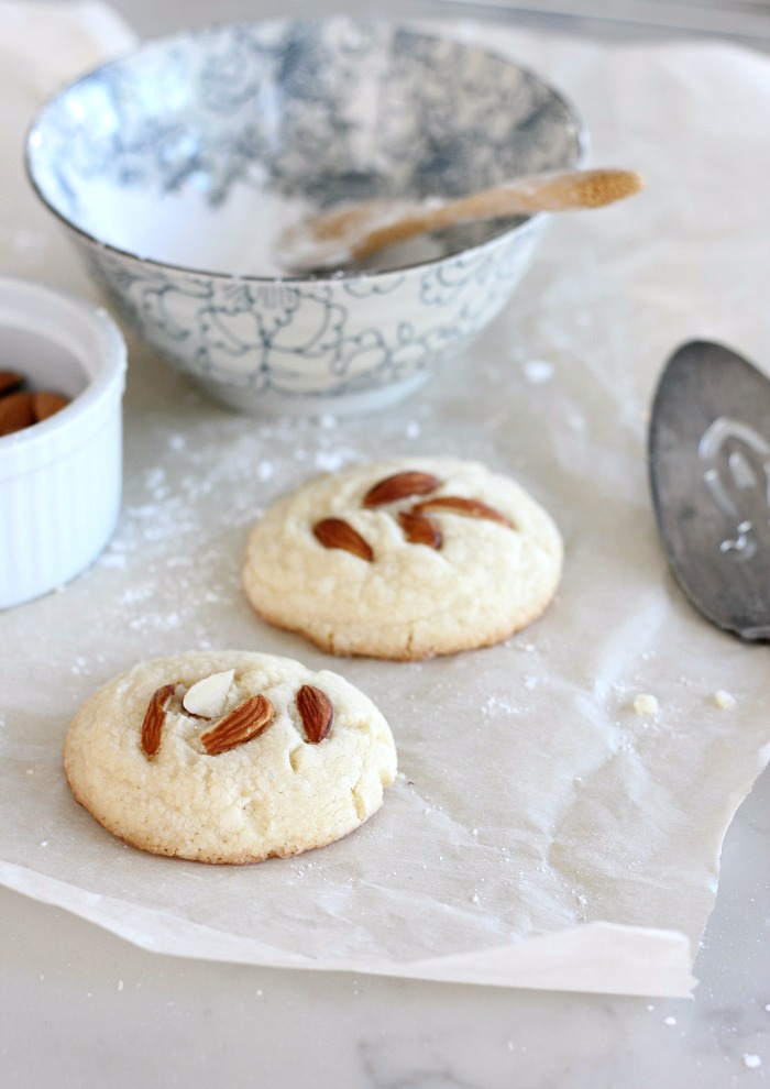 Gluten Free Cookies with Almonds