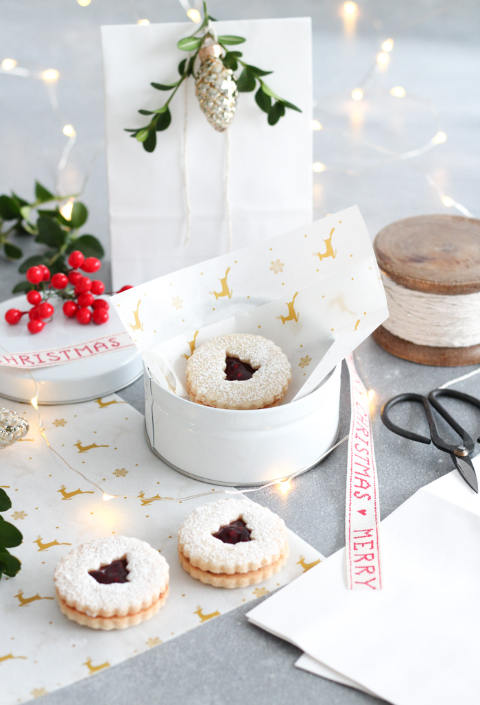 How to Wrap Baked Goods for Christmas Gifts Using Simple Supplies
