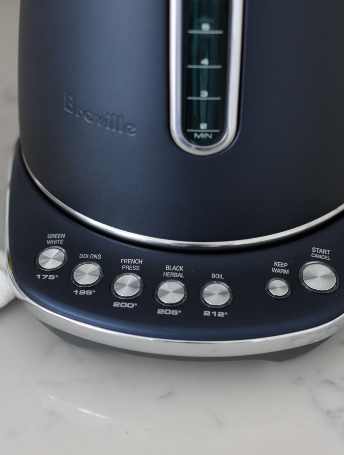 Breville Smart Kettle Luxe Variable Temperature Settings