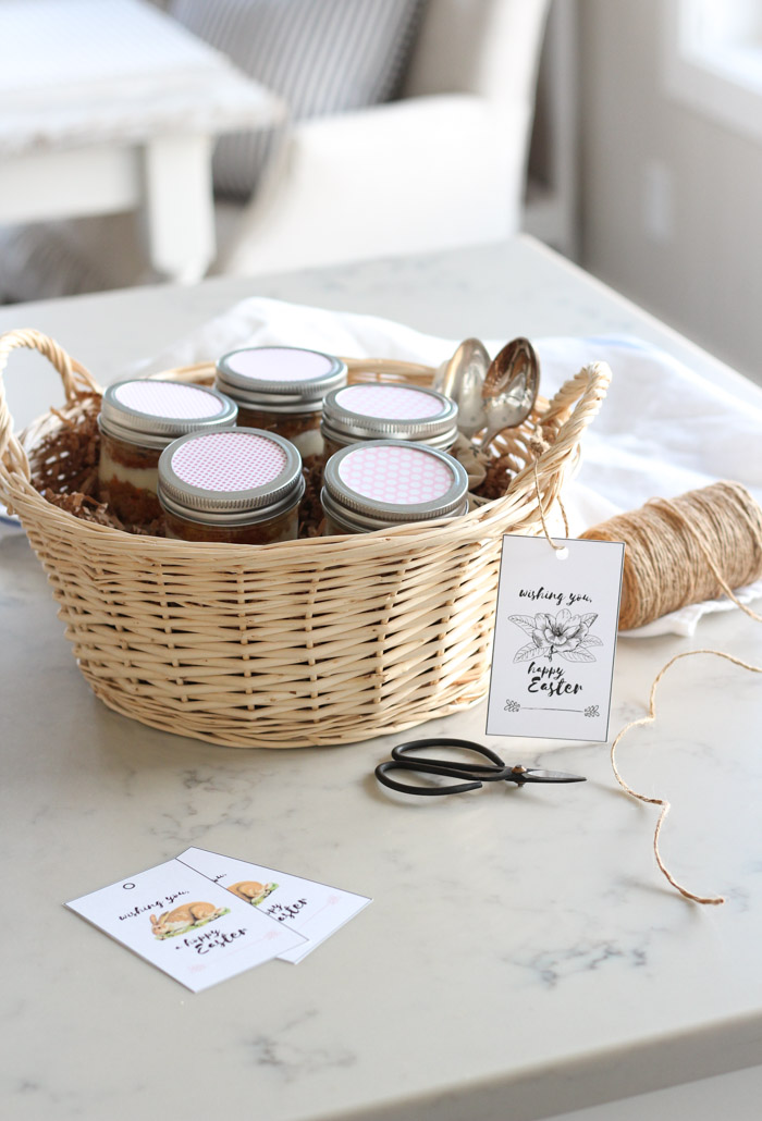 East Gift Basket with Carrot Cake Jars and Happy Easter Printable Tag