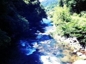 祓川の清流
