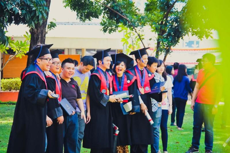 satriabajahitam.com - apa itu kuliah 8