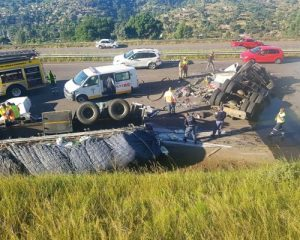Driver Seriously Injured In N3 Truck Crash Near Pinetown - video