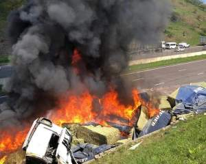 Watch | Two truck drivers killed in KZN crashes