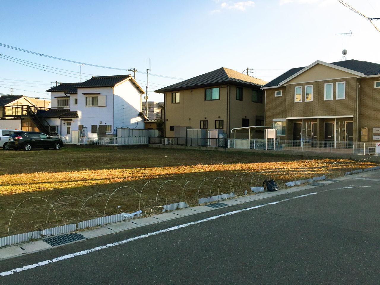 設計・デザインをする店舗(鍼灸接骨院)付き住宅の敷地調査全景