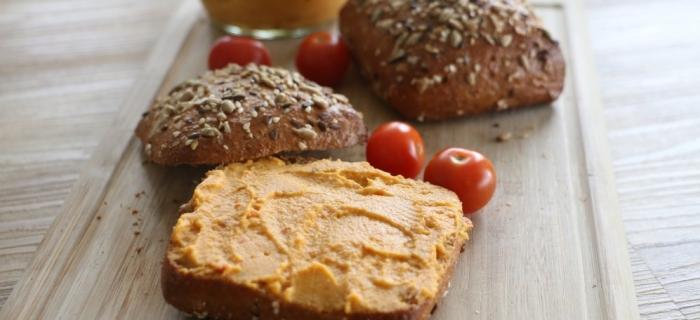 Veganer Brotaufstrich: Süßkartoffel-Erdnuss-Aufstrich vegan1 Minuten Lesezeit