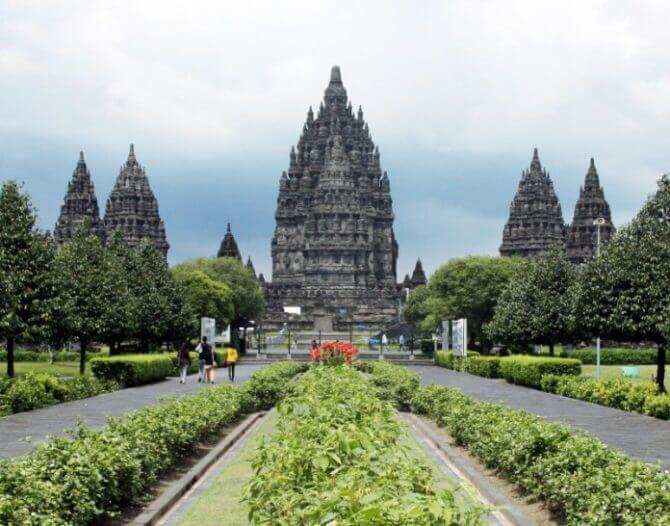 Patung Roro Jonggrang Di Candi Prambanan
