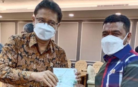 Minta Menkes Respon Kelangkaan Oksigen di Papua dan Papua Barat