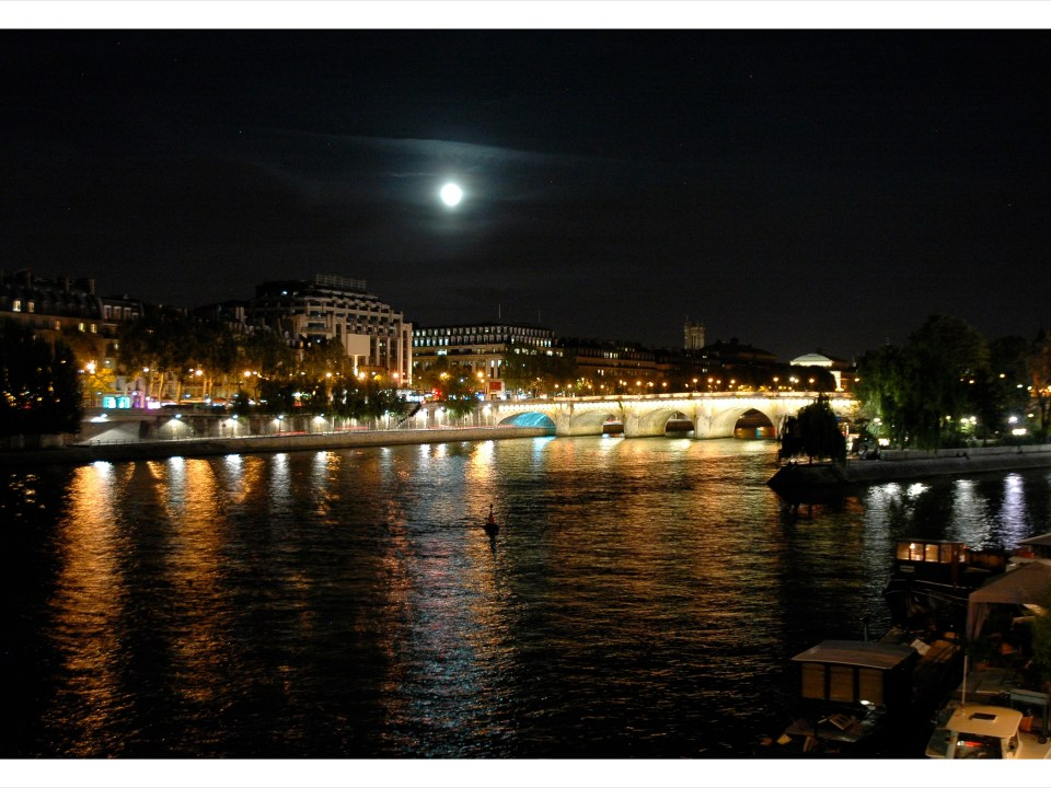September Full Moon in Paris