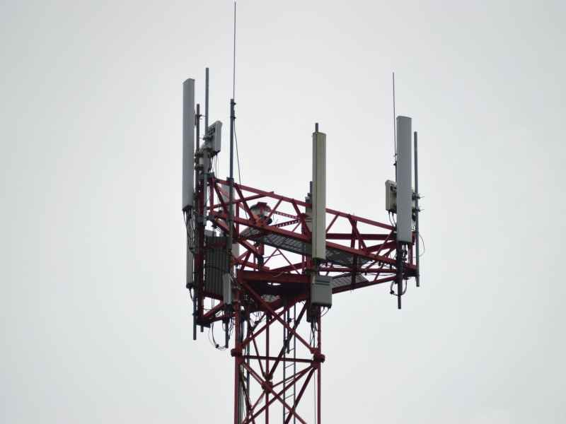 differerent telecom companies comfirms internet shutdown delhi