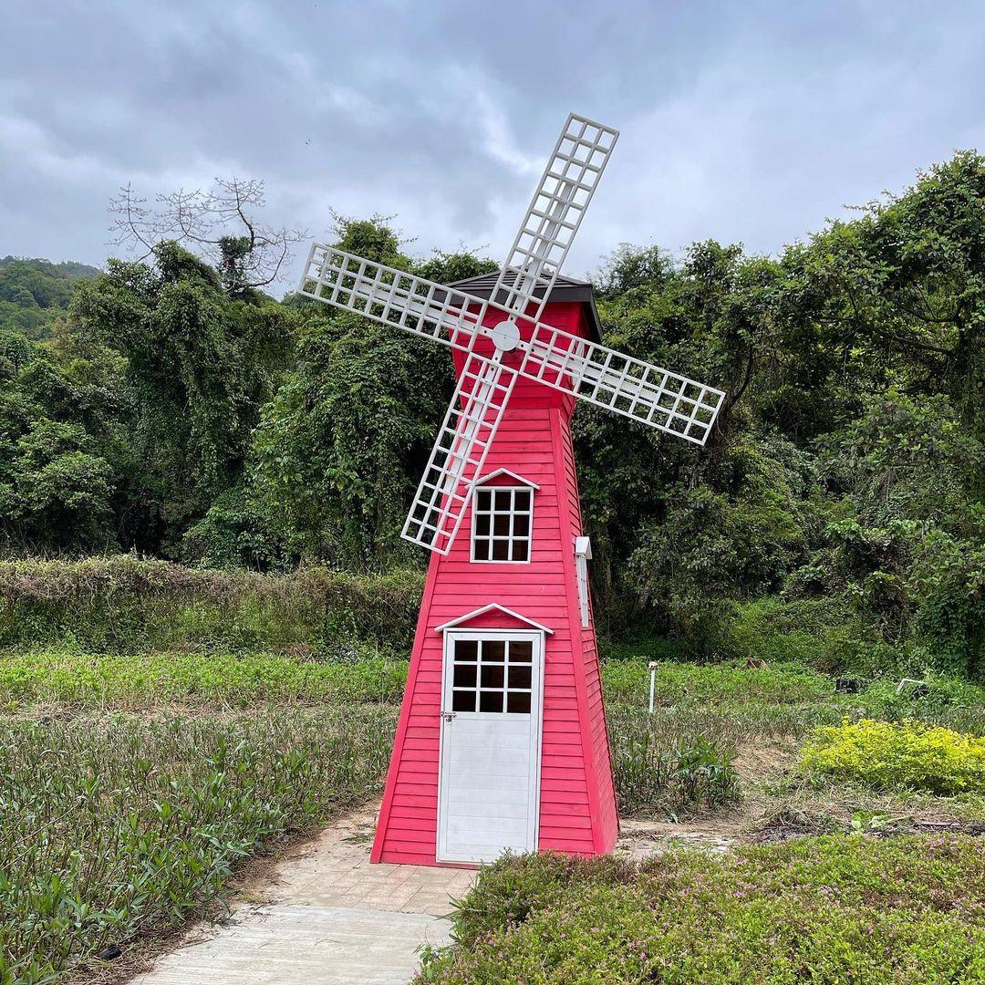 復古紅色的風車(圖片來源:IG@selwai)