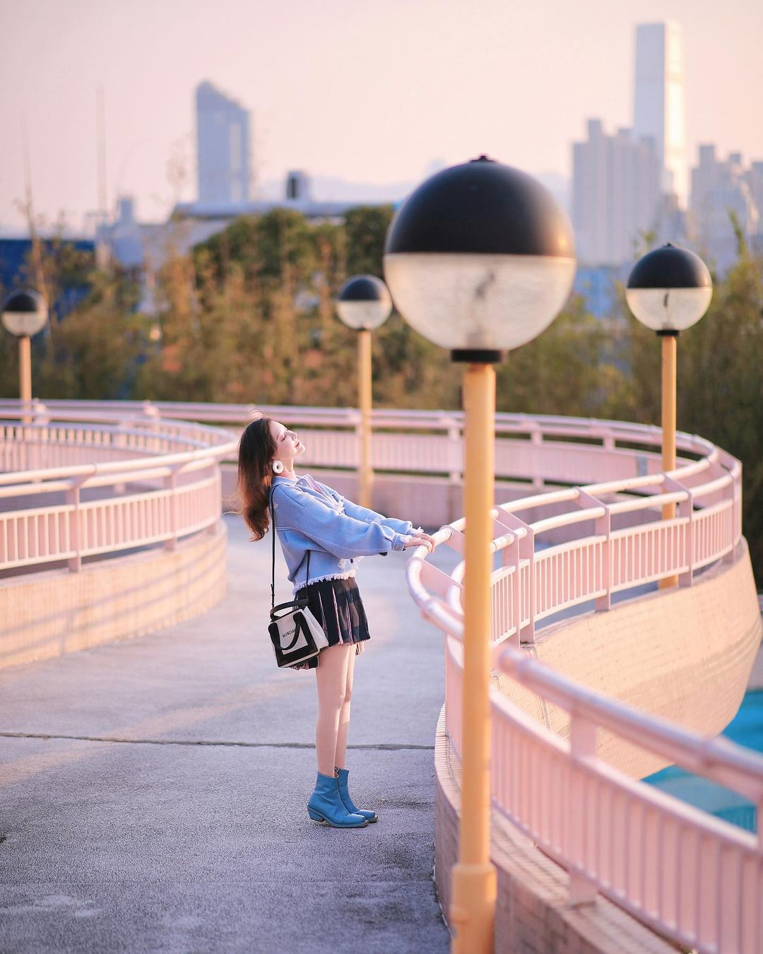 石硤尾公園粉紅色欄杆 (圖片來源:IG@yoli_chic_chic)