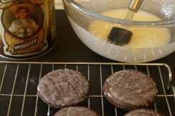 crispy crunchy molasses cookies