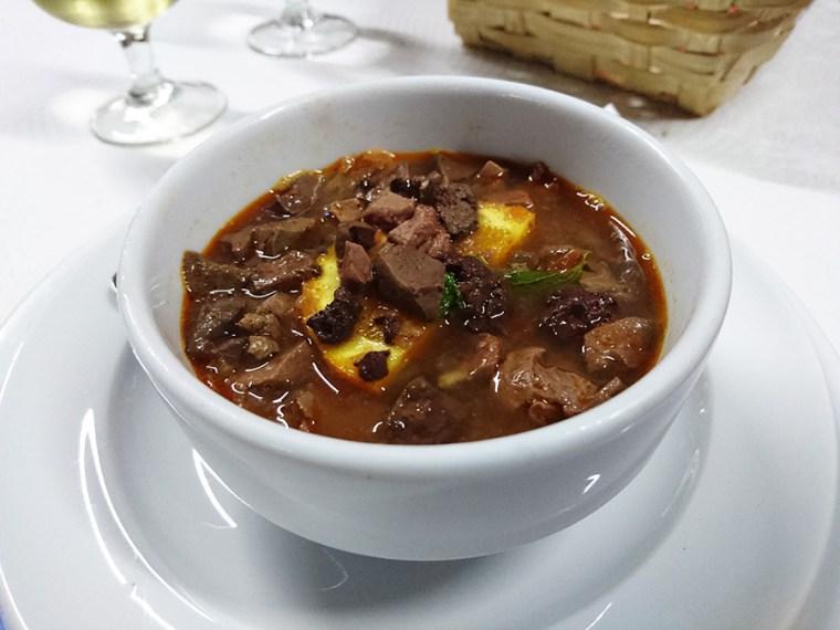 Sopa de Sarapatel