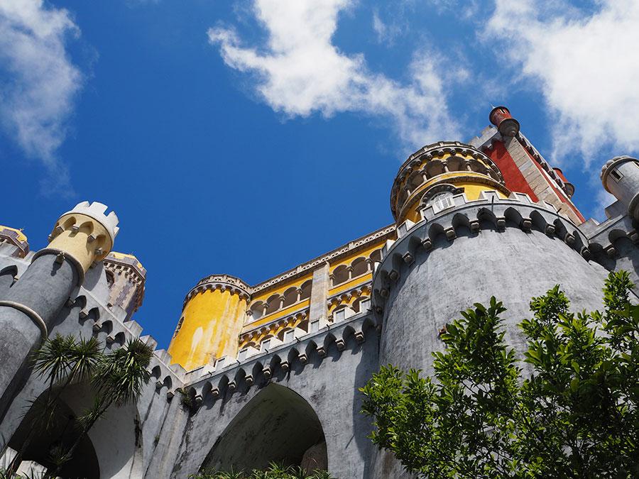 het palacio da pena in het zonnetje
