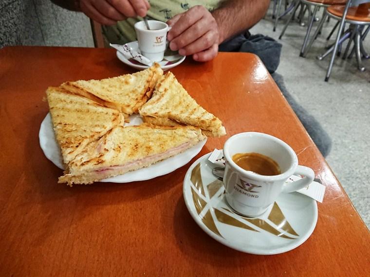 Ontbijten in Baixa Porto | Saudades de Portugal