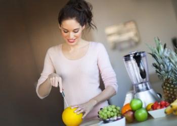 Como Fazer um Suco Detox para Emagrecer