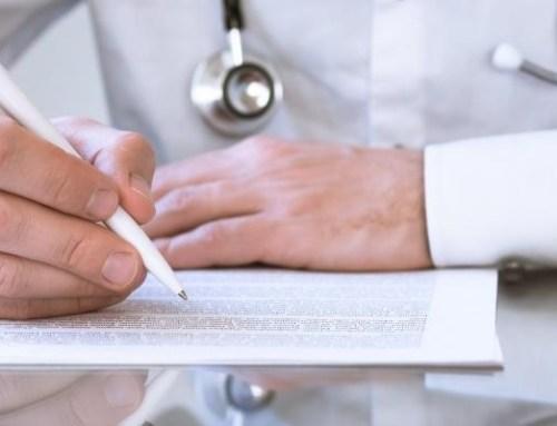 """Fórum Médico acusa ministro de """"persistir no erro"""" sobre formação médica"""