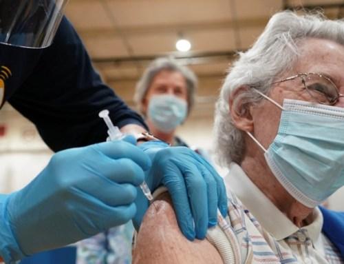 Utentes elegíveis para vacina gratuita da gripe serão convocados pelo SNS