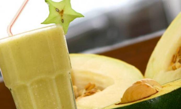 vitamina-de-abacate-e-melao-1-583x350