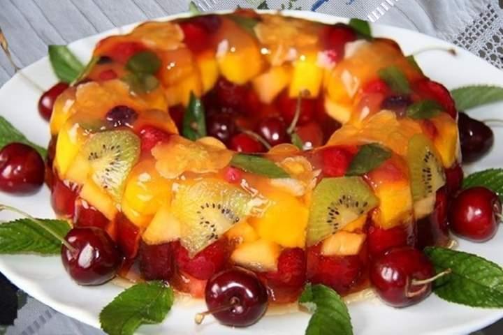 Gelatina Cristal com Frutas