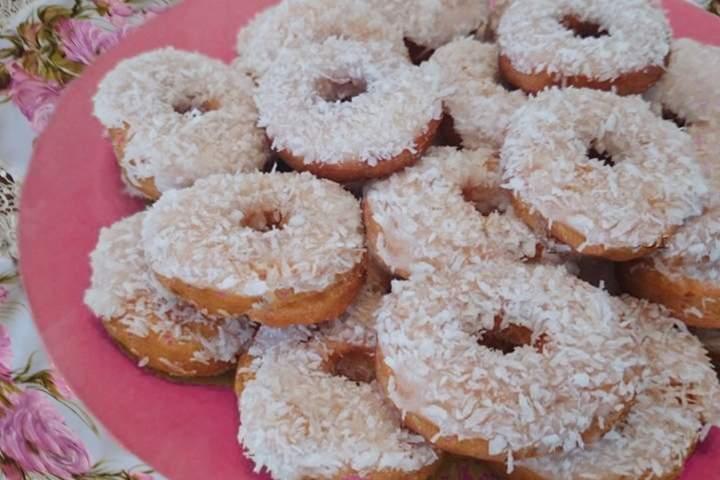 Deliciosas rosquinhas feitas com coco