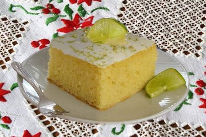 Bolo de Limão com Iogurte
