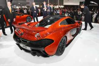 McLaren-P1-Paris-motor-show-07