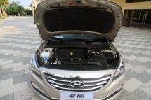 Hyundai-Mistra-Sedan-23[2]