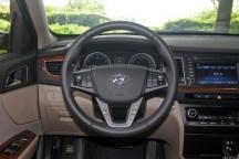Hyundai-Mistra-Sedan-38[2]