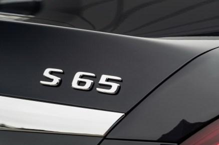 mercedes-unveils-sclass-facelift-40