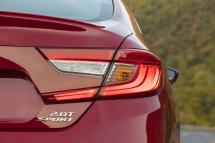 2018-Honda-Accord-34