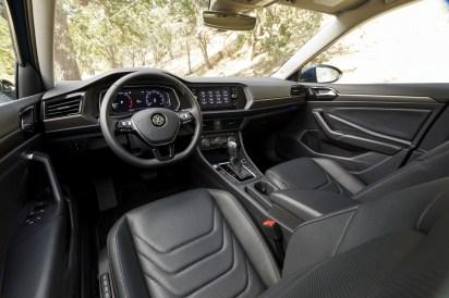 2019-VW-Jetta-15