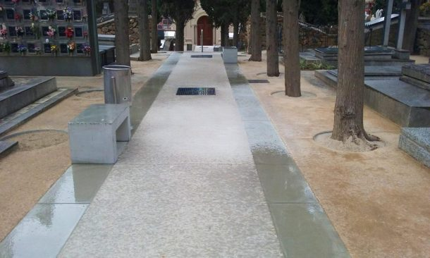 Paviment Sauló Sòlid un mes després execució cementiri Sants Barcelona 03