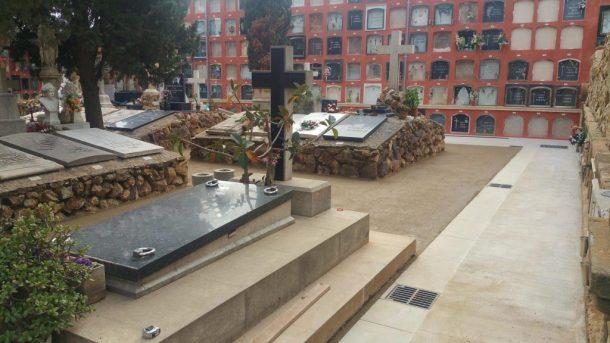Paviment recent acabat Sauló Sòlid cementiri de Sants Barcelona 05